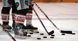 25.02.2010, Eisstadion Liebenau, Graz, AUT, EBEL, Graz 99ers vs KHL Zagreb, im Bild Feature, Puck, Eishockey Schlaeger, EXPA Pictures © 2010, PhotoCredit: EXPA/ J. Hinterleitner / SPORTIDA PHOTO AGENCY.