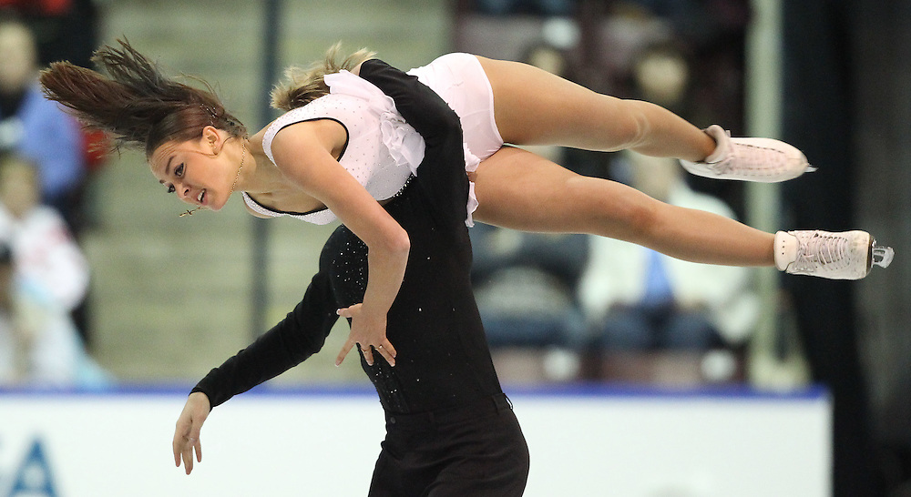 GJR445 -20111030- Mississauga, Ontario,Canada-  Ekaterina Riazanova  and  Ilia Tkachenko of Russia at Skate Canada International, in Mississauga, Ontario, October 30, 2011.<br /> AFP PHOTO/Geoff Robins
