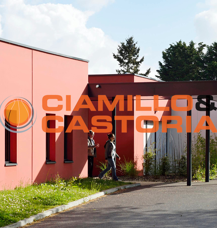 DESCRIZIONE : MAS KERBLAY<br /> GIOCATORE : ARCHIPOLE<br /> SQUADRA : Architecte Bertrand Bouyer<br /> EVENTO : Architecture<br /> GARA : <br /> DATA : 15/05/2013<br /> CATEGORIA : Exterieur Plan Moyen<br /> SPORT : <br /> AUTORE : JF Molliere<br /> Galleria : France Architecture 2013 <br /> Fotonotizia : MAS KERBLAY Archipole <br /> Predefinita :
