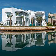 Casa Rodrigo De La Peña. Puerto Cancun. Photo by: Victor Elias Photography.