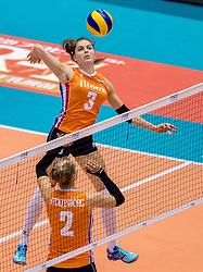 18-05-2016 JAP: OKT Nederland - Dominicaanse Republiek, Tokio<br /> Nederland is weer een stap dichterbij kwalificatie voor de Olympische Spelen. Dit dankzij een 3-0 overwinning op de Dominicaanse Republiek / Femke Stoltenborg #2, Yvon Belien #3