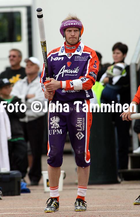 05.09.2009, Kouvola..Superpesis 2009, 1. loppuottelu.Kouvolan Pallonly?j?t - Sotkamon Jymy.Roope Korhonen - Sotkamo.©Juha Tamminen.
