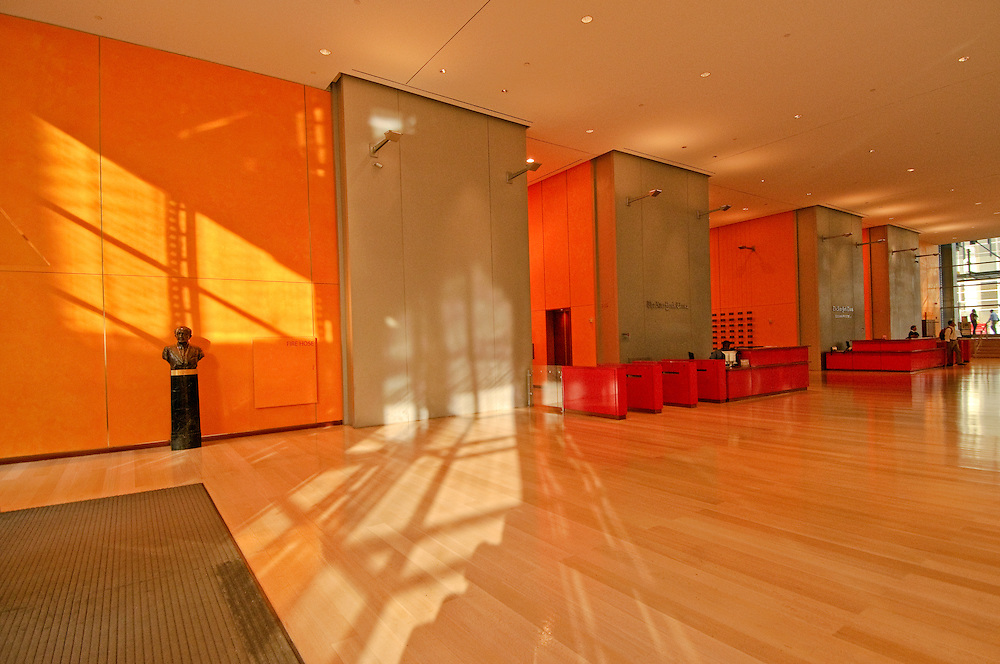 New York Times Building, Lobby, 8th avenue, Midtown Manhattan, New York City, New York, USA, designed by Renzo Piano Building Workshop and FXFOWLE Architects, with Gensler providing interior design