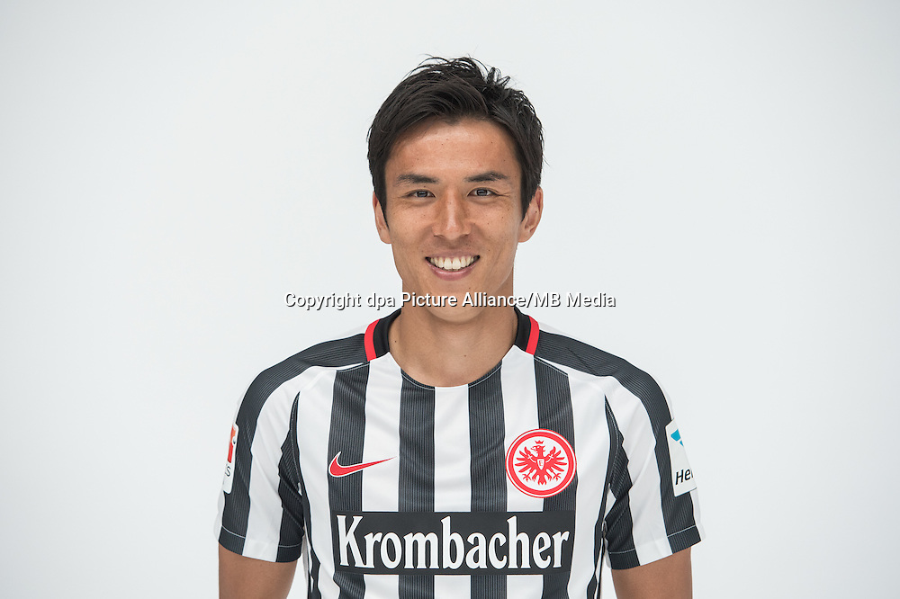 German Bundesliga - Season 2016/17 - Photocall Eintracht Frankfurt on 21 June 2016 in Frankfurt, Germany: Makoto Hasebe. Photo: Handout/Eintracht Frankfurt/Hübner/dpa | usage worldwide