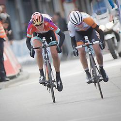 GENT (Bel): De omloop het Nieuwsblad is de openingskoers in BeNeLux.  De wedstrijd door de Vlaamse Ardennen is bij de mannen dit jaar aan zijn 70e editie toe.