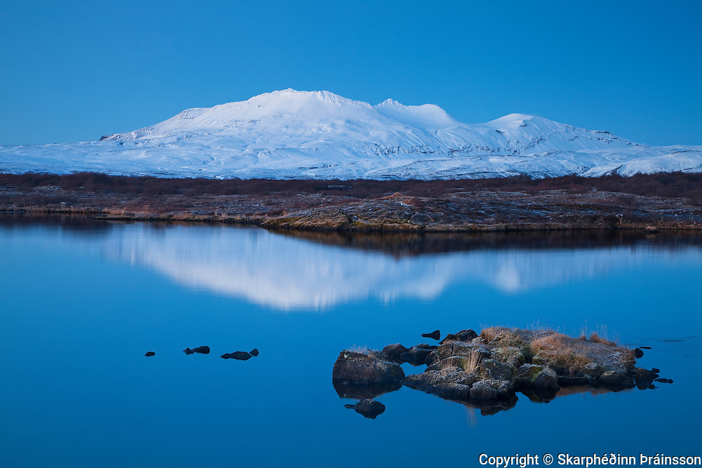 Þingvallavatn og Botnsúlur