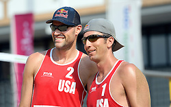17-07-2014 NED: FIVB Grand Slam Beach Volleybal, Apeldoorn<br /> Poule fase groep A mannen - Sean Rosenthal and Philip Dalhausser USA