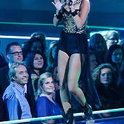 NLD/Hilversum/20121109 - The Voice of Holland 1e liveuitzending, Babette van Vugt