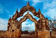 MEXICO, YUCATAN henequin Hacienda Yaxcopoil arch