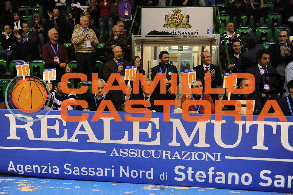 DESCRIZIONE : Sassari Lega A2 2009-10 Final Four Coppa Italia Finale Prima Veroli Enel Brindisi Gara Schiacciate<br /> GIOCATORE : Valerio Bianchini Carlo Recalcati Teofili<br /> SQUADRA : <br /> EVENTO : Campionato Lega A2 2009-2010<br /> GARA : Prima Veroli Enel Brindisi<br /> DATA : 07/03/2010<br /> CATEGORIA : Ritratto<br /> SPORT : Pallacanestro<br /> AUTORE : Agenzia Ciamillo-Castoria/GiulioCiamillo<br /> Galleria : Lega Basket A2 2009-2010  <br /> Fotonotizia : Sassari Lega A2 2009-2010 Final Four Coppa Italia Finale Prima Veroli Enel Brindisi Gara Schiacciate<br /> Predefinita :