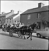 The Ballinasloe Horse Fair Tinker King.  .03.10.1960 Mary Ward Holding Rains Margarett Ward behind