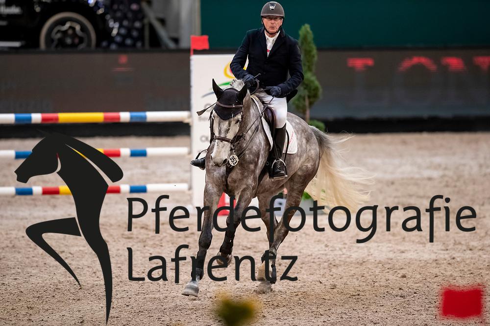VILLMAN Manfred (GER), Call me Blacky<br /> Leipzig - Partner Pferd 2019<br /> SPOOKS-Amateur Trophy<br /> Small Tour<br /> 18. Januar 2019<br /> © www.sportfotos-lafrentz.de/Stefan Lafrentz