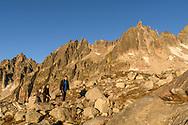 Zwei Alpinisten mit dem Chli und Gross Furkahorn im ersten Sonnenlicht, Furka, Uri, Schweiz<br /> <br /> Two alpinists with the Chli and Gross Furkahorn in the first light , Furka, Uri, Switzerland