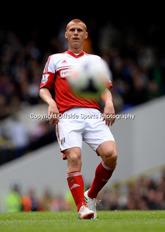 19 April 2014 - Barclays Premier League - Tottenham Hotspur v Fulham - Steve Sidwell of Fulham - Photo: Marc Atkins / Offside.