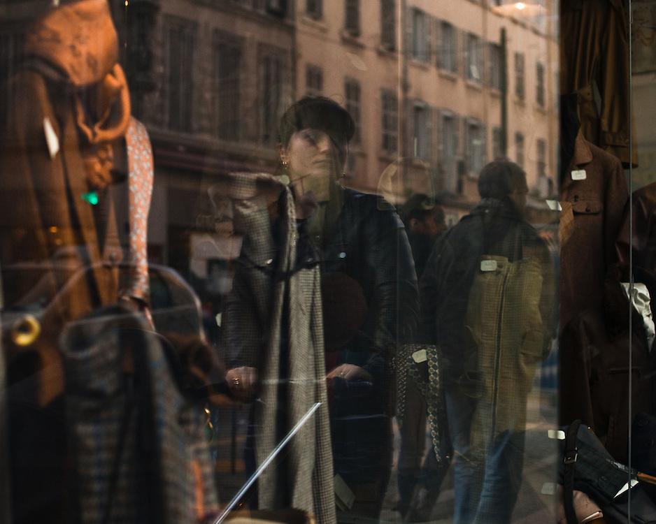 Reflet. Rue de Rome.