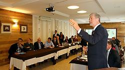 O candidato à reeleição pelo PDT em Porto Alegre, José Fortunati, durante Reunião com o Conselho das Entidades de Tecnologia da Informação RS – CETI. FOTO: Jefferson Bernardes/Preview.com