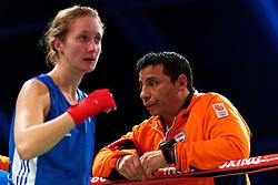 17-11-2019 NED: World Port Boxing Netherlands - Kazakhstan, Rotterdam<br /> 3rd World Port Boxing in Excelsior Stadion Rotterdam / Mira Massing (NED) 57 kg klasse Coach Abdul Fkiri