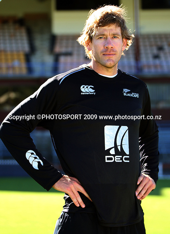 Jacob Oram models the new away playing shirt.<br /> Black Caps cricket training at Allied Prime Basin Reserve, Wellington. Wednesday, 4 March 2009. Photo: Dave Lintott/PHOTOSPORT
