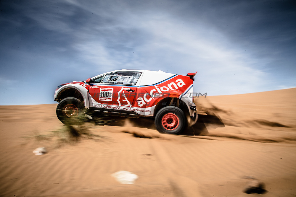 Acciona 100x100 ecopowered,electric car, Dakar 2016, Marroco 2015, Zagora, car test.