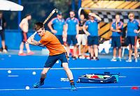 BHUBANESWAR (INDIA) -  Het Nederlands team trainde vanmorgen licht voor de wedstrijd tegen Canada bij het WK Hockey heren. Thierry Brinkman (Ned)   COPYRIGHT  KOEN SUYK