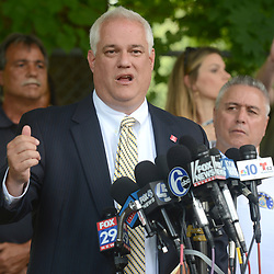 uly 13, 2017 - Solebury Township, Bucks County, Pennsylvania, U.S. - Bucks County District Attorney MATT WEINTRAUB addresses the media on day five in the search for missing Bucks County men on Thursday. A Pennsylvania man under suspicion for his connection to the disappearance of four men who disappeared in rural Pennsylvania last weekend has confessed to their murders. (Credit Image: © Chris Shipley/TNS via ZUMA Wire)