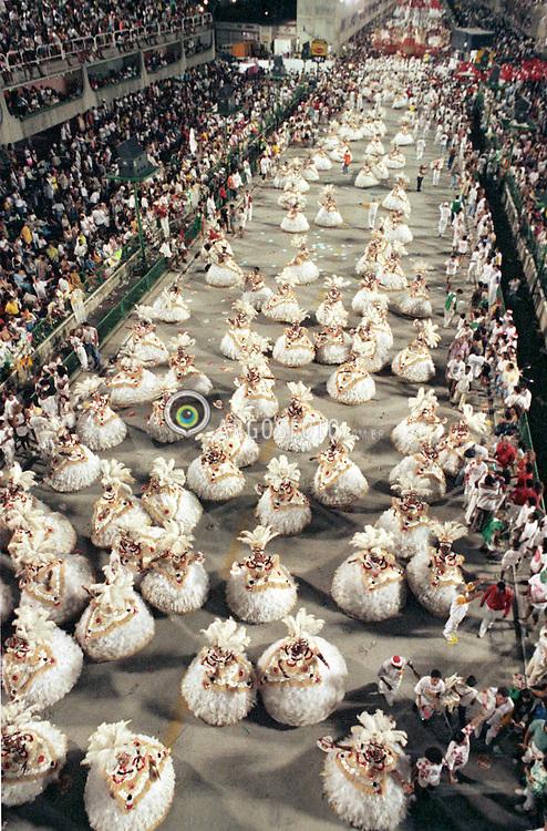 Rio de Janeiro, RJ, Brasil    1992.Escola de Samba Estacio de Sa, campea do desfile./ Estacio de Sa samba school, parade champion.Foto Ricardo Melo/ Argosfoto