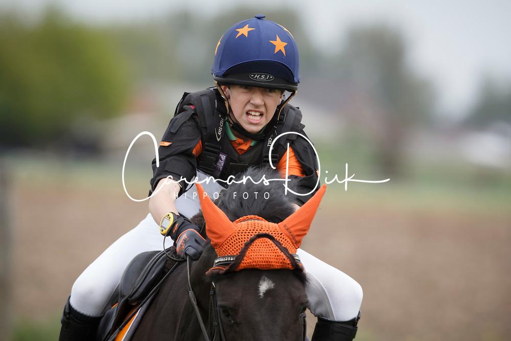 Goris Davy (BEL) - Nonstop<br /> Nationaal Kampioenschap Eventing Pony's <br /> LRV Gavere 2014<br /> © Dirk Caremans