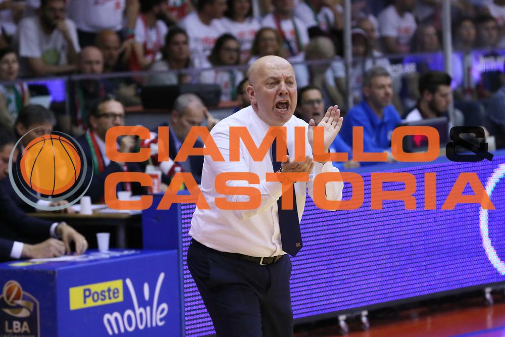 Menetti Massimiliano<br /> Grissin Bon Reggio Emilia - Sidigas Avellino<br /> Playoff gara 3<br /> Legabasket A 2016/2017<br /> Reggio Emilia 17/05/2017<br /> Foto Ciamillo-Castoria