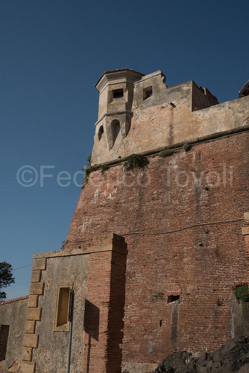 Stella fort, wall detail