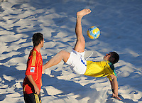 FIFA BEACH SOCCER WORLD CUP 2008 BRAZIL - SPAIN   18.07.2008 BURU (BRA) with a bicycle kick against ANTONIO (ESP).