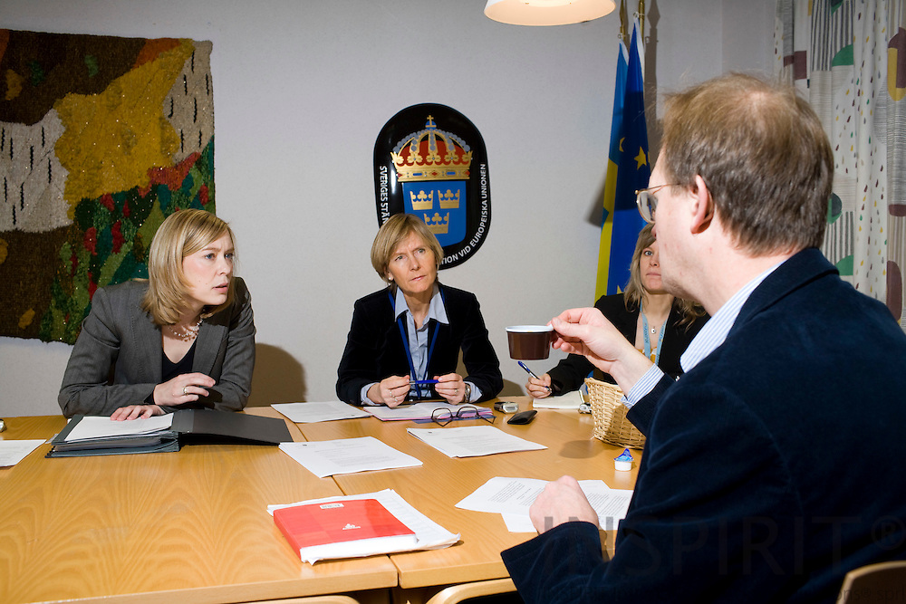 BRUSSELS - BELGIUM - 18 JANUARY 2008 -- Elisabet DAHLÉN JONSSON (Mi), Press Officer, Permanent Representation of Sweden to the EU. during a small pressconference in the national briefingroom at the EU Council. On her left side Åsa JOHANSSON, Counsellor, Co-ordination Ecofin Council and on the right Therese NORDEN, Information Officer. Photo: Erik Luntang/
