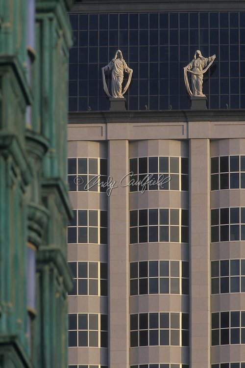 "Detail of 580 California Street- San Francisco, CA.Statues described as ""Corporate Goddesses"" by artist Muriel Castanis.Architect: Johnson/Burgee Architects"