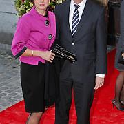 BEL/Brussel/20101120 - Huwelijk prinses Annemarie de Bourbon de Parme-Gualtherie van Weezel en bruidegom Carlos de Borbon de Parme, jan Peter Balkenende en partner Bianca Hoogendijk