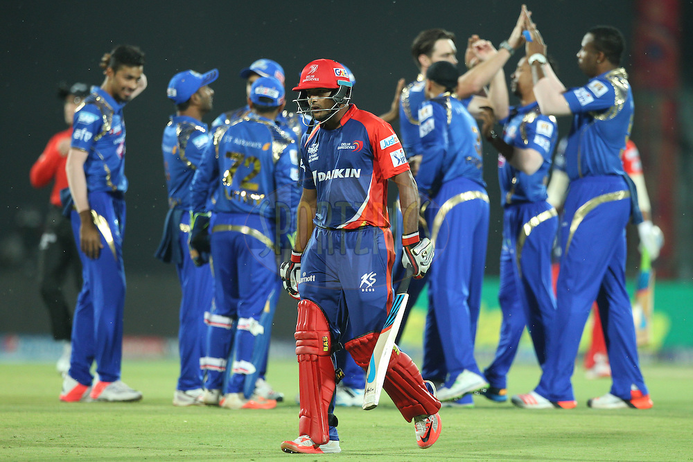 Mayank Agarwal of the Delhi Daredevils walk back during match 21 of the Pepsi IPL 2015 (Indian Premier League) between The Delhi Daredevils and The Mumbai Indians held at the Ferozeshah Kotla stadium in Delhi, India on the 23rd April 2015.<br /> <br /> Photo by:  Deepak Malik / SPORTZPICS / IPL