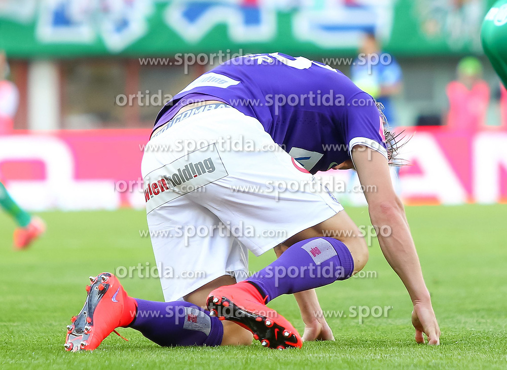 17.05.2015, Ernst Happel Stadion, Wien, AUT, 1. FBL, SK Rapid Wien vs FK Austria Wien, 33. Runde, im Bild Daniel Royer (FK Austria Wien)// reacts after Austrian Football Bundesliga Match, 33th round, between SK Rapid Vienna and FK Austria Vienna at the Ernst Happel Stadion, Wien, Austria on 2015/05/17. EXPA Pictures © 2015, PhotoCredit: EXPA/ Sebastian Pucher