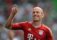 Fussball 1. Bundesliga :  Saison   2012/2013   1. Spieltag  25.08.2012 SpVgg Greuther Fuerth - FC Bayern Muenchen Jubel nach dem Tor zum 0:3 Arjen Robben (FC Bayern Muenchen)