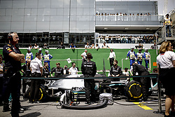 November 17, 2019, Sao Paulo, Brazil: Motorsports: FIA Formula One World Championship 2019, Grand Prix of Brazil, . team, mechanics of Mercedes AMG Petronas Motorsport  (Credit Image: © Hoch Zwei via ZUMA Wire)