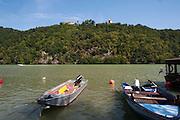 Boote, Schloss Neuhaus an der Donau, Oberösterreich, Österreich | Schloss Neuhaus an der Donau, Danube, Upper Austria, Austria