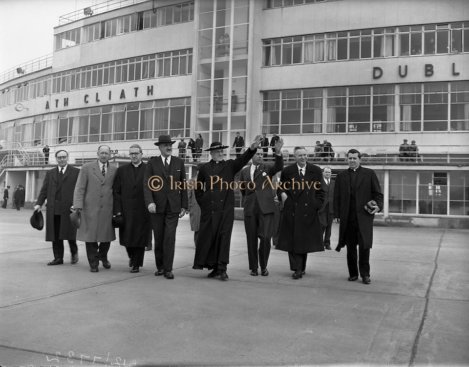 22/04/1959<br /> 04/22/1959<br /> 22 April 1959<br /> Cardinal Richard Cushing on Pilgrimage to Lourdes with 70 disabled children leaves Dublin Airport. Cardinal Cushing (centre) is accompanied by a party including senior Aer Lingus management and Minister for External Affairs M. Frank Aiken as he prepares to board his flight to Lourdes.