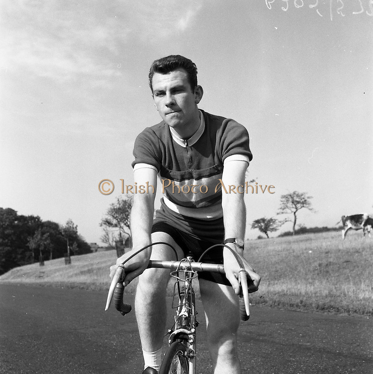 07/10/1959<br /> 10/07/1959<br /> 07 October 1959<br /> Frank McDonnell, cyclist, 48 Ranelagh Road, Dublin in the Phoenix Park.