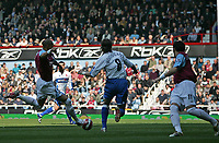 Photo: Lee Earle.<br /> West Ham United v Middlesbrough. The Barclays Premiership. 31/03/2007. West Ham's Bobby Zamora (L) scores their opening goal.