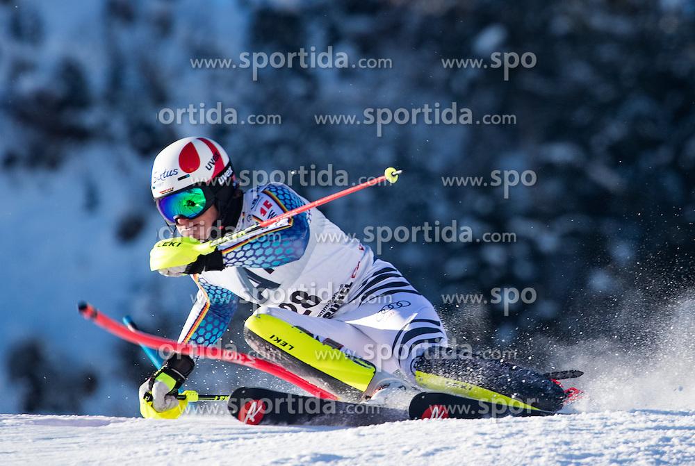 22.01.2017, Hahnenkamm, Kitzbühel, AUT, FIS Weltcup Ski Alpin, Kitzbuehel, Slalom, Herren, 1. Lauf, im Bild Linus Strasser (GER) // Linus Strasser of Germany in action during his 1st run of men's Slalom of FIS ski alpine world cup at the Hahnenkamm in Kitzbühel, Austria on 2017/01/22. EXPA Pictures © 2017, PhotoCredit: EXPA/ Johann Groder