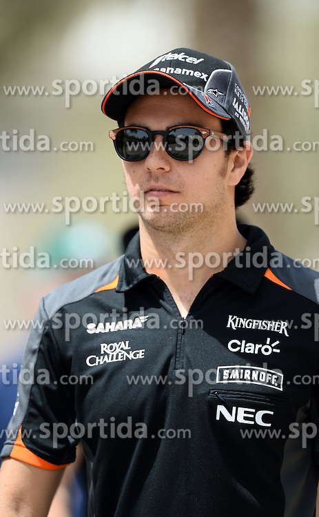 18.04.2015, International Circuit, Sakhir, BHR, FIA, Formel 1, Grand Prix von Bahrain, Qualifying, im Bild Sergio Perez (MEX) Force India // during Qualifying of the FIA Formula One Bahrain Grand Prix at the International Circuit in Sakhir, Bahrain on 2015/04/18. EXPA Pictures &copy; 2015, PhotoCredit: EXPA/ Sutton Images/ Patrik Lundin<br /> <br /> *****ATTENTION - for AUT, SLO, CRO, SRB, BIH, MAZ only*****