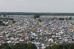07.08.2010, Wacken Open Air 2010, Wacken, GER, 3.Tag beim 21.Heavy Metal Festival Campingplatz mit Zelten bis zum Horizont, EXPA Pictures © 2010, PhotoCredit: EXPA/ nph/  Kohring+++++ ATTENTION - OUT OF GER +++++ / SPORTIDA PHOTO AGENCY