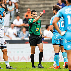Pierre BROUSSET, referee give a red card at Johannes GOOSEN of Montpellier during the Top 14 match between Bayonne and Montpellier on October 12, 2019 in Bayonne, France. (Photo by JF Sanchez/Icon Sport) - Pierre BROUSSET - Johannes GOOSEN - Stade Jean Dauger - Bayonne (France)
