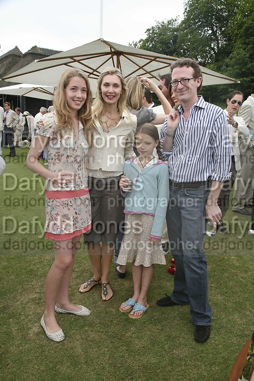 Angelica, Ambrosia ( younger) Allegra and Ashley Hicks. Guy Leymarie and Tara Getty host The De Beers Cricket Match. The Lashings Team versus the Old English team. Wormsley. ONE TIME USE ONLY - DO NOT ARCHIVE  © Copyright Photograph by Dafydd Jones 66 Stockwell Park Rd. London SW9 0DA Tel 020 7733 0108 www.dafjones.com