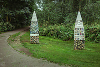 Ceramic Way Markers With map On The Thames Path, Duke's Meadows, Installed in 2002 - Chiswick, London, England, 2016