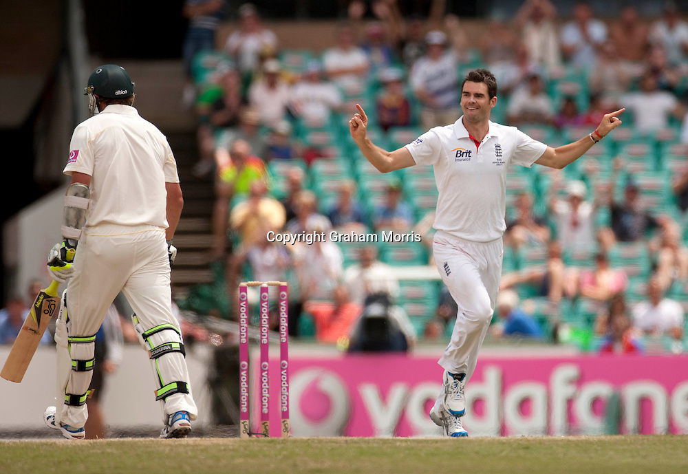 Bowler James Anderson celebrates the wicket of Ben Hilfenhaus (left) during the fifth and final Ashes test match between Australia and England at the SCG in Sydney, Australia. Photo: Graham Morris (Tel: +44(0)20 8969 4192 Email: sales@cricketpix.com) 07/01/11