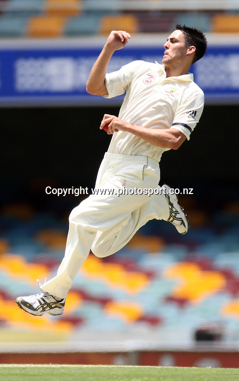 Mitchell Johnson in action bowling during day 2 of the first test match between Australia and New Zealand at the Gabba. Brisbane, Australia. Friday 21 November 2008. Pic: Andrew Cornaga/PHOTOSPORT
