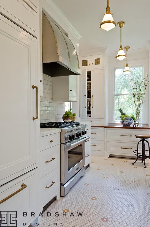 Award-winning kitchen design in Monte Vista neighborhood San Antonio by Bradshaw Designs! Featured on Houzz Kitchen of the Week!